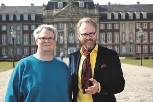 """Heiko Werning (li.) und Adam Riese präsentieren ihr Buch """"Entdecke Münster"""". (Foto_ Axel Völcker)"""
