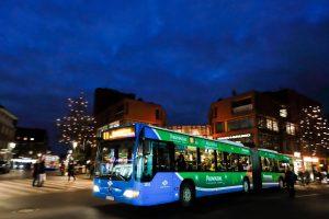 Trotz vieler Umleitungen geht es bequem mit dem Bus zum Weihnachtsmarkt. (Foto: Stadtwerke)
