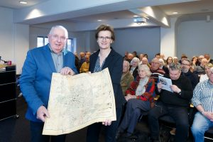 Referent Henning Stoffers und Anja Gussek vom Stadtarchiv beim vergangenen Themenabend. (Foto: Presseamt Münster)