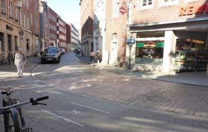 Am Alten Steinweg wird es für Menschen mit Gehbehinderungen komfortabler. (Foto: Stadt Münster)