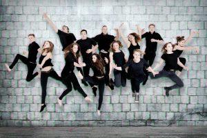 Die Absolventen der Staatlichen Artistenschule Berlin. (Foto: Jule Felice Frommelt)