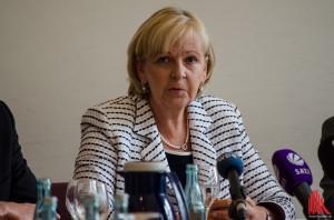 Hannelore Kraft verspricht sorgfältige Prüfung der Hilfemöglichkeiten. (Foto: th)