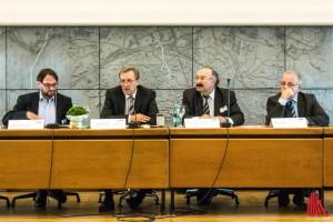 (v.l.:) Alexander von Dippel, Jochen Köhnke, Dr. Ömer Lütfü Yavuz und Kenan Kolat. (Foto: cb)