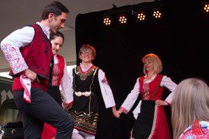 Eine deutsch-bulgarische Volkstanzgruppe. (Foto: cb)
