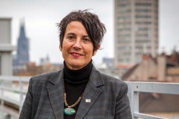 Dr. Monika Hauser informiert am Montag, 30. September, über die Hilfe für Frauen in Kriegsgebieten. (Foto: Anna Verena Mülle//medica mondiale)