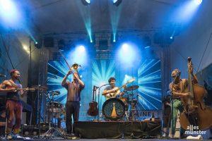 Multikulturelles Konzert der Extraklasse: Bukahara beim Querbeatz-Festival. (Foto: Carsten Pöhler)
