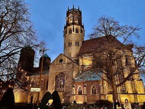 Am ersten Weihnachtstag (25. Dezember) übertragen WDR 5 und NDRinfo die Heilige Messe aus der Kirche St. Ludgeri in Münster live im Radio. (Foto: Stephan Orth)
