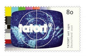 Zum Jubiläum gibt es für den Tatort eine Sondermarke. (Bild: Bundesministerium der Finanzen / © ARD / Das Erste /Agentur: WDR mediagroup GmbH / TV-Testbild © xiver/shutterstock.com)