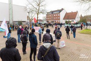 """Coronakonformer Protest organisiert vom Bündnis """"Keinen Meter den Nazis"""". (Foto: Carsten Pöhler)"""