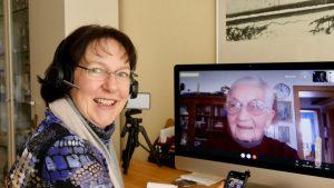 Michaela Meyer, ehrenamtliche Digital-Patin und Gertrud Bathe (Foto: PM)