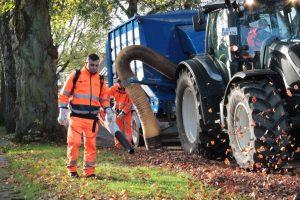 Die Teams der AWM sind im Einsatz gegen das Herbstlaub. (Foto: Stadt Münster)
