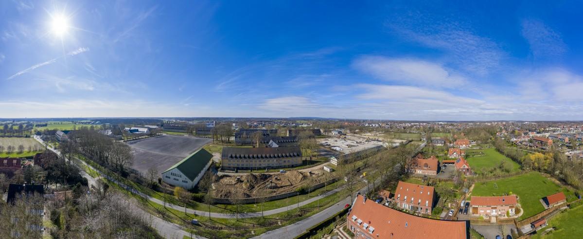 Die Oxford-Kaserne in Gievenbeck von oben: Hier sind 1200 Wohneinheiten in neuen und alten Gebäuden geplant. (Foto: Presseamt Münster)