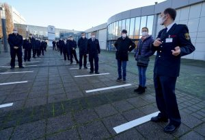 Rund 50 Mitglieder der Freiwilligen Feuerwehr kamen zum Stresstest unter Corona-Bedingungen in das Impfzentrum Münster. (Foto: Stadt Münster / Presseamt)
