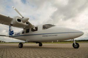 Das Propeller-Flugzeug für die Thermografiebefliegung steht bereit, jetzt muss nur noch das Wetter stimmen. (Foto: Miramap Airplanes)