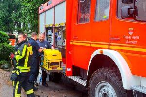 Kräfte aus Münster unterstützten nach dem Starkregen im Raum Aachen. (Foto: Feuerwehr Münster)