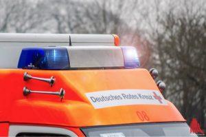 Bei einem schweren Verkehrsunfall wurden am Nachmittag eine Autofahrerin und ihr Säugling schwer verletzt. (Archivbild: th)