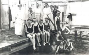 Badevergnügen in Münster-Sudmühle um 1925. (Foto: LWL-Archiv)
