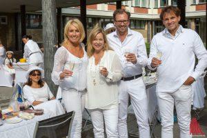 """Das """"Whiter Dinner"""" zum 4. Mal in Münster. (Foto: cabe)"""