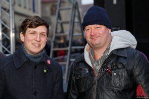 """Carsten Peters (""""Keinen Meter"""" Bündnis, re.) und Stephan Orth (GRÜNE). (Foto: Archivbild: Carsten Bender)"""