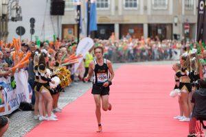 Beim Münster-Marathon wird jeder Teilnehmer wie ein Held gefeiert. (Archivbild: Carsten Bender)