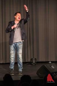 Comedian Appelt voll in seiner Rolle, wie man ihn kennt und wie die Gäste ihn sehen wollen. (Foto: cabe)