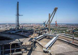 Die Sanierungsarbeiten finden am oberen Teil des Turms zwischen 137 und 207 Metern Höhe statt. (Foto: DFMG)