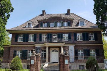 """Die Villa ten Hompel in Münster erhielt im vergangenen Jahr eine Förderung der LWL-Kulturstiftung für das Ausstellungsprojekt """"Demokratie als Feind - das völkische Westfalen"""". (Foto: Peter Römer)"""