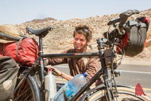 Der Hamburger Anselm Nathanael Pahnke ist auf seinem Rad 15.000 Kilometer durch Afrika gereist. (Foto: privat)