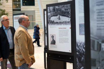 """Blick in die Ausstellung """"Einige waren Nachbarn – Täter – Opfer und Mitläufertum"""". (Foto: Presseamt Münster)"""