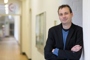 Prof. Dr. Marc Krüger lehrt und forscht seit diesem Semester am Institut für Berufliche Lehrerbildung (IBL) der FH Münster. Sein Schwerpunkt ist die Fach- und Technikdidaktik. (Foto: FH Münster/Wilfried Gerharz)