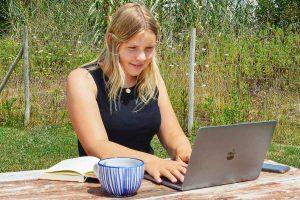Karlotta Wigger, ehemalige Studentin der Fachhochschule Münster, gewann mit ihrer Bachelorarbeit den Hochschulpreis. (Foto: privat)