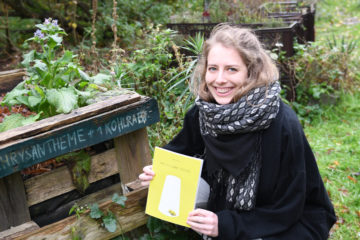 Hanna Harms' Bachelorarbeit ist ein Comic über Bienen. (Foto: FH Münster/Stefanie Gosejohann)
