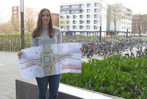 """Zum Fachhochschulzentrum in der Corrensstraße kommen viele mit dem Rad – die Straße bot sich daher an für das Konzept der """"Protected Bike Lane"""". (Foto: FH Münster/Pressestelle)"""