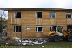 In dieser Flüchtlingsunterkunft zündeten Unbekannte mehrere Brandsätze. (Foto: privat)