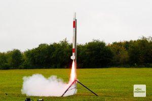 Mit einer solchen Rakete wurde der Satellit der vier Schüler aus Münster am 25. September letzten Jahres gestartet (Foto: Bührke)