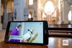Die Gottesdienste aus dem Dom werden täglich ins Internet übertragen (Foto: Bührke)