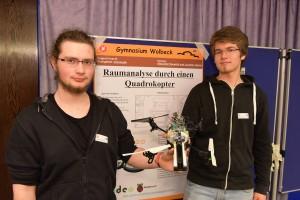 Einen 1. Platz belegten Alexander Neuwirth und Jonathan Sigrist vom Gymnasium Wolbeck. Ihr Projekt: Raumanalyse durch einen Quadrokopter. (Foto: IHK)