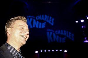 Direktor Sascha Melnjak erzählt über seinen Zirkus. (Foto: Zirkus Knie)