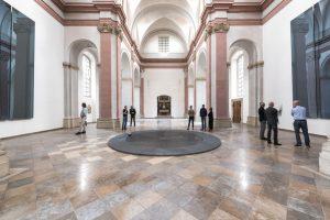 Bis Ende Dezember bleibt die Dominikanerkirche mit dem Kunstwerk von Gerhard Richter täglich - außer montags - geöffnet. Im Januar beginnt die Stadt mit der Innensanierung des Barockgebäudes. (Foto: Presseamt Münster)