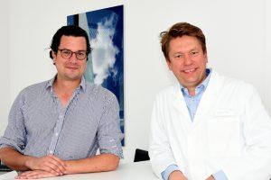 Dr. Henning Knors und Dr. Tobias Hirsch von der Fachklinik Hornheide. (Foto: Fachklinik Hornheide)