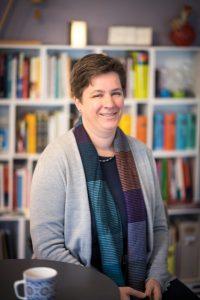 Dr. Eva-Maria Lerche organisiert den Kreativen Schreibmarathon in Münster. (Foto: WWU / Thomas Mohn)