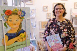 Selda Soganci freut sich über das neue Ladengeschäft im Südviertel. (Foto: Michael Bührke)