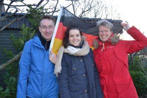 Eine Gastfamilie aus Münster mit ihrer italienischen Austauschschülerin. (Foto: Experiment e.V. / privat)