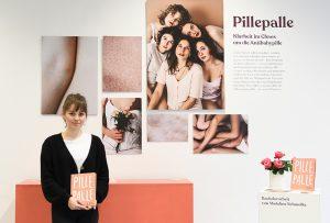 """Madeline Schmolke will mit """"Pillepalle"""" das Chaos um die Antibabypille entwirren. (Fotos: FH Münster/ Pressestelle)"""