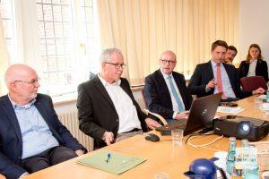 Wollen gemeinsam Münster wieder zur Fahrradstadt Nummer Eins machen: Michael Grimm, Gerhard Rülle, Markus Lewe und Robin Denstorff. (Foto: Michael Bührke)