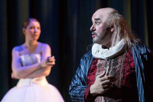 Falstaff und im Hintergrund: Nanntet. (Foto: Oliver Berg)