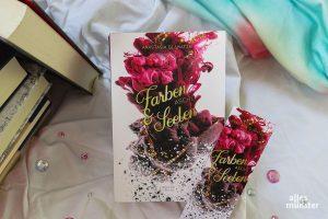"""Farbenasche & Seelentinte"" ist ein Fantasy-Roman von Anastasia Glawatzki. (Foto: Rebecca Winterberg)"