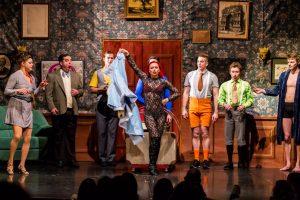 """Das Ensemble von """"Appartement"""", der neuen Show im GOP. (Foto: GOP)"""