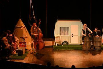 Camping-Gemütlichkeit auf der Bühne. (Foto: GOP)
