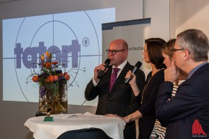 """Oberbürgermeister Markus Lewe (li.) weiß: """"Diese Menschen schaffen es, Menschen für die Region zu begeistern"""". (Foto: sg)"""